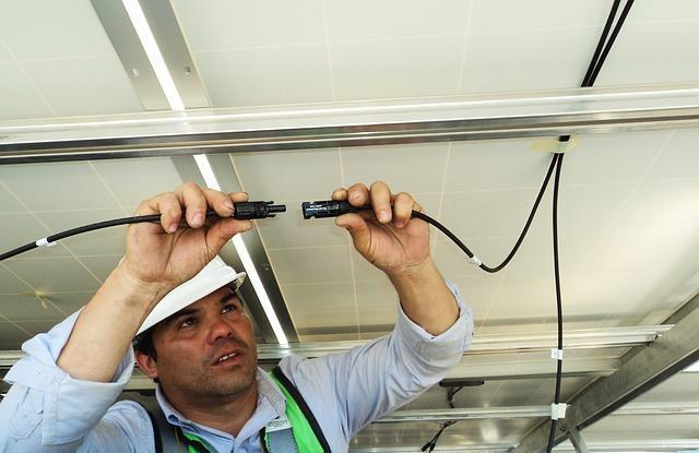 טכנאי מצלמות אבטחה בחיפה